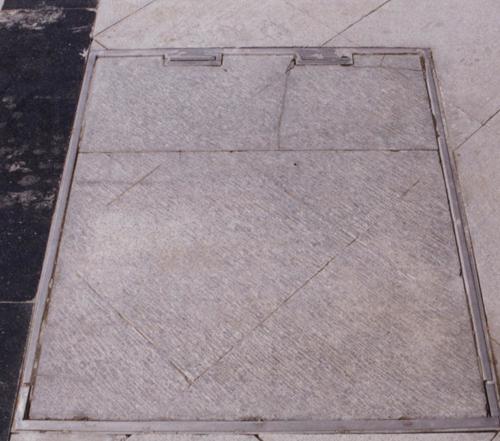 翻板式不锈钢窨井盖板